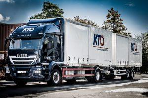 camion semi-baché KTO
